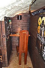 小屋裏はご主人のスペース